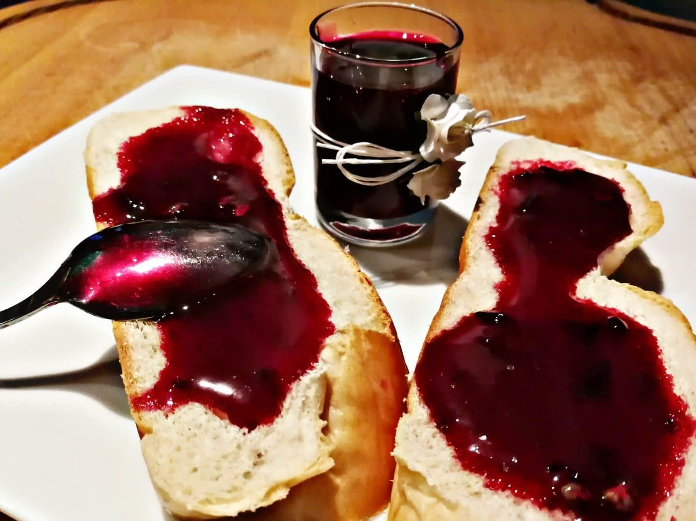 Marmelade mit Weintrauben