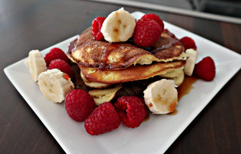 Flaumige Pancakes (Klassisch + Low Carb Variante)