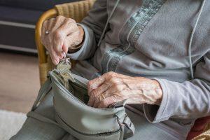 Umzug mit Senioren: Das solltest du beachten!