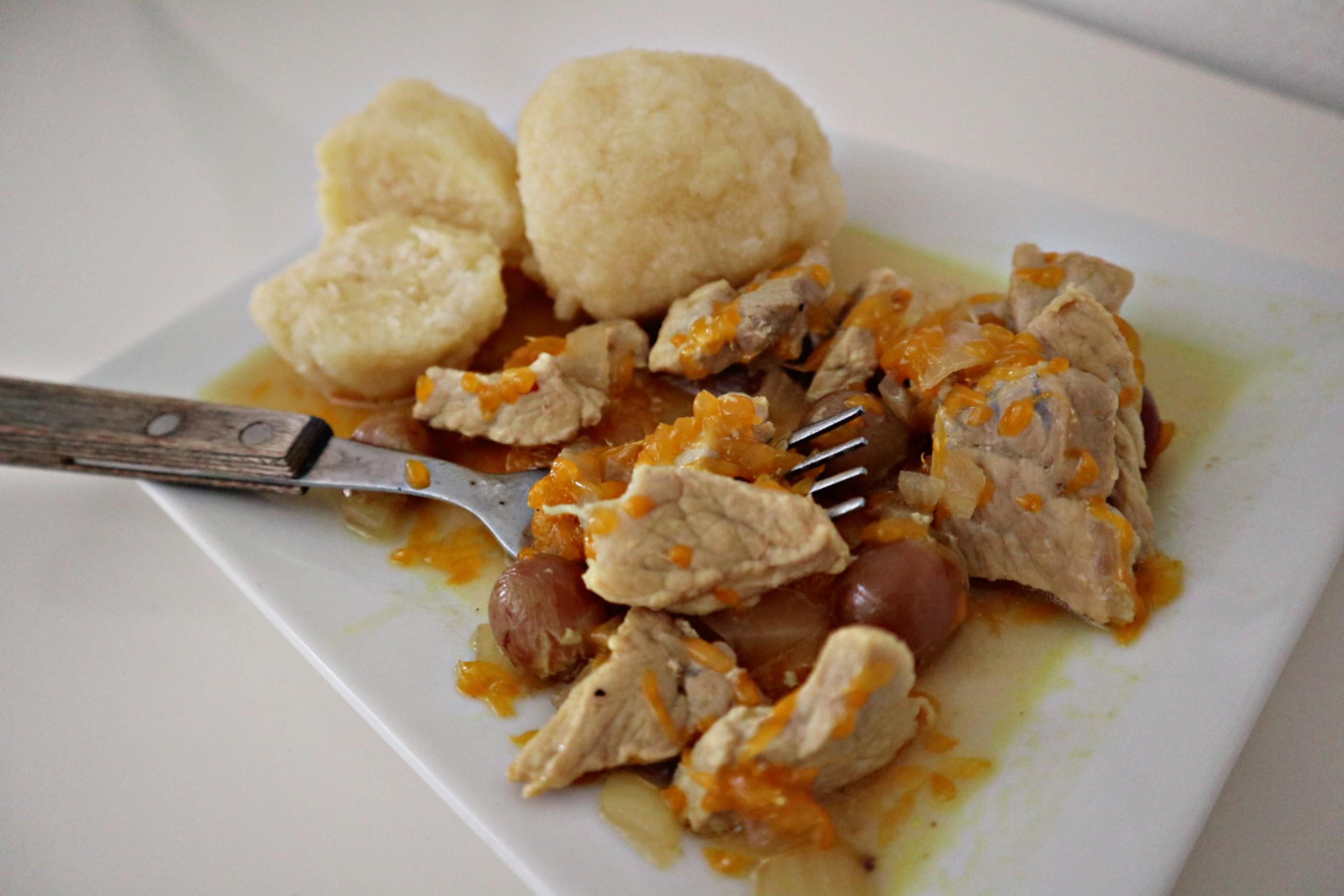 Fruchtiges Geschnetzeltes mit Kartoffelklöße
