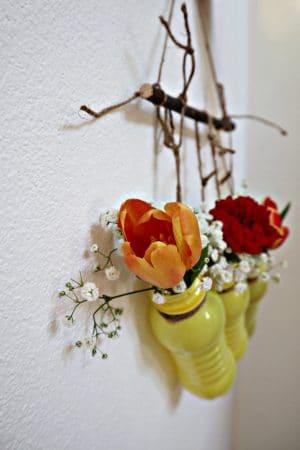 Upcycling Wandschmuck: Eine Blumenampel